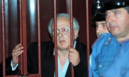 """Doliu în mafia italiană. Capul mafiei din Napoli a """"plecat"""" după victimele sale. Secrete care ar fi distrus Italia"""