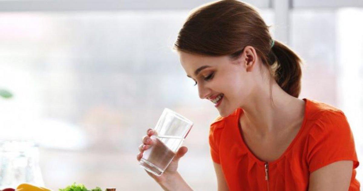 Ce se întâmplă în corpul tău dacă bei apă minerală. Nimeni nimeni nu a știut acest secret până acum