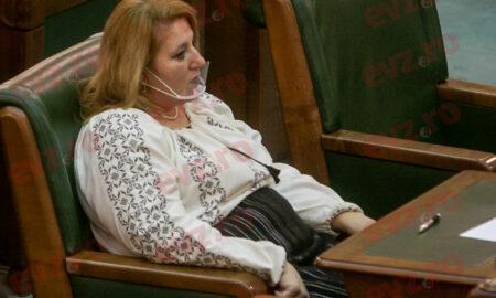 """Diana Șoșoacă cere arestarea premierului Florin Cîțu. """"Solicit tuturor organelor competente sa îl aresteze!"""""""