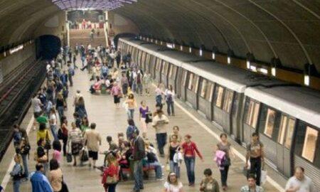 """Adevărul despre """"protestul ilegal"""" la metrou. Rădoi a oprit metroul din cauza iubitei"""