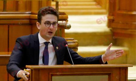 """Iulian Bulai intervine în scandalul ursului împuşcat: """"Și prinții pot fi extrădați"""""""