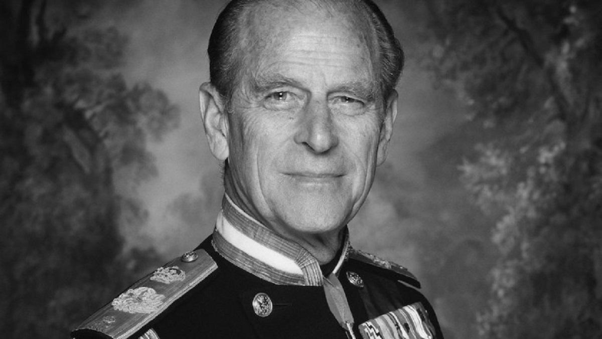 Cine va fi următorul Duce de Edinburgh? Charles și Edward, luptă după moartea tatălui lor