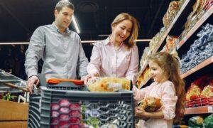 Alimente contrafăcute pe care le cumpărați fără să știți! Pot provoca daune grave sănătății