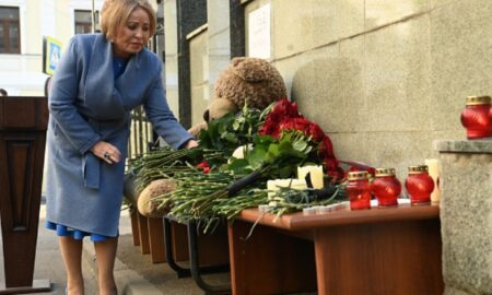 Atac armat la o școală din Rusia: 9 morți și 21 de persoane rănite. Ce le-a cerut Putin autorităților!