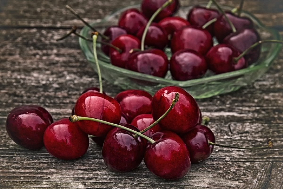 Medic nutriționist avertizează. Fructele preferate ale românilor sunt adevărate bombe calorice