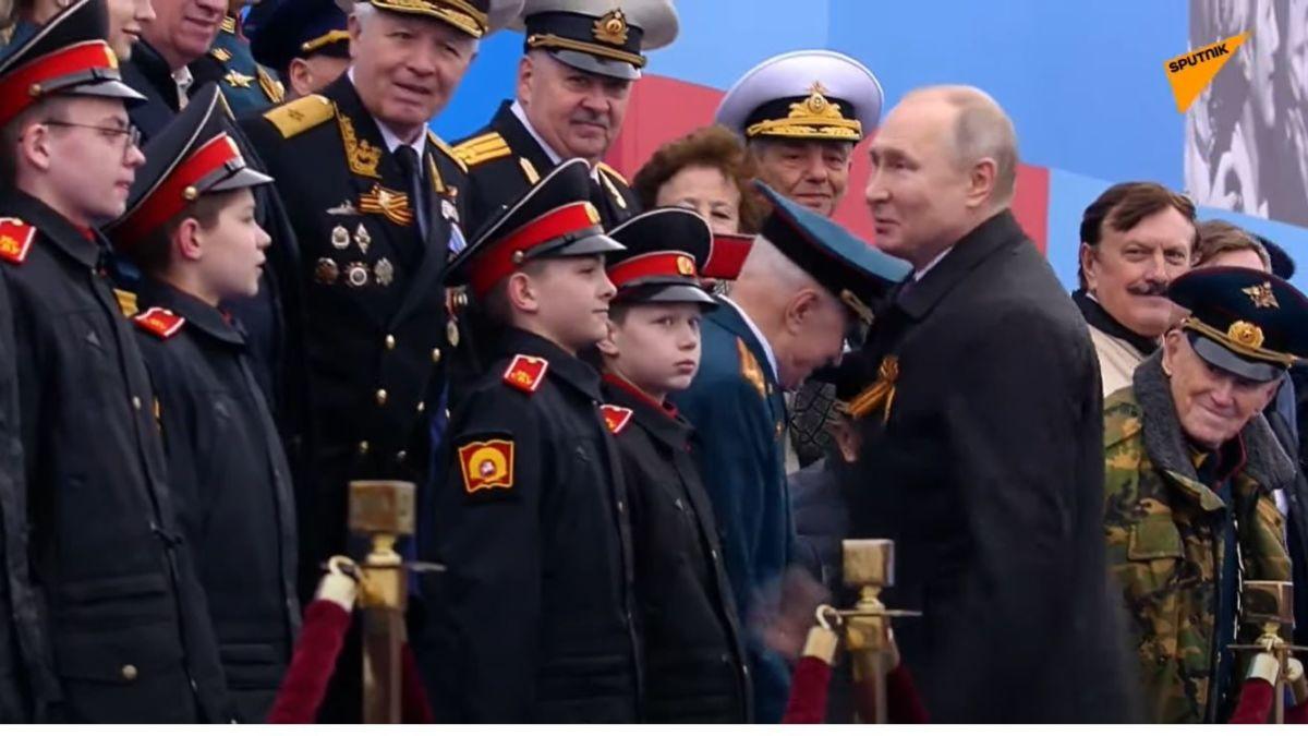 Paradă de Ziua Victoriei organizată în Piața Roșie de la Moscova