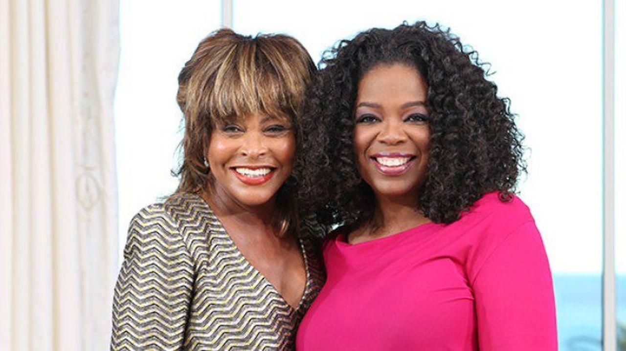 """Oprah, experiență paranormală pe scenă cu Tina Turner. """"Eram aproape de moarte """""""