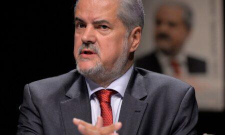 Predicție politică. Ce spune Adrian Năstase despre Florin Cîțu. Va câștiga șefia PNL?