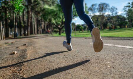 """Mare atenție când ieși la alergat! Avertismentul unui medic: """"Efectele vor fi mai degrabă nocive"""""""