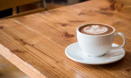 Bei prea multă cafea? Ce boli produce această băutură și cum îți afectează corpul!