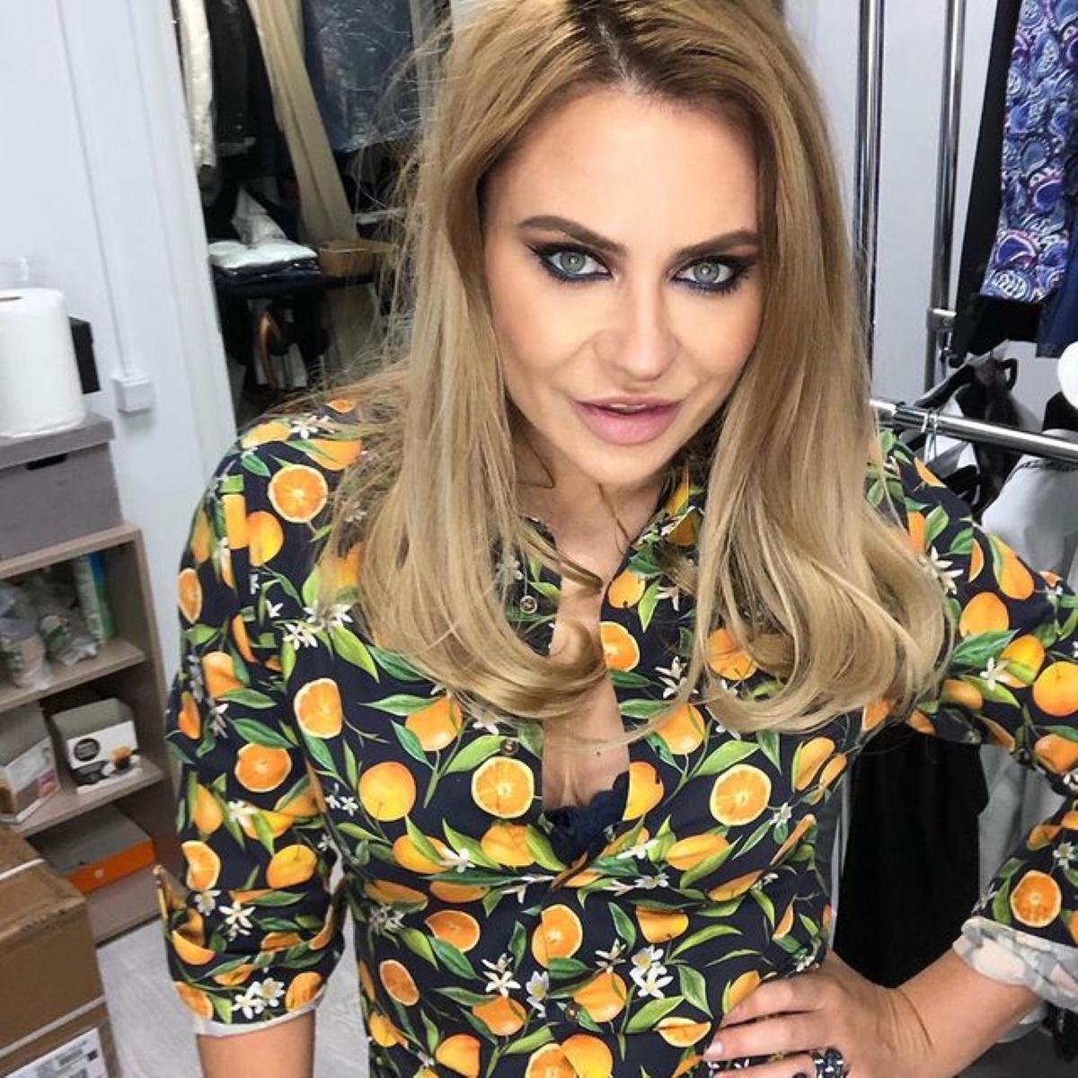 """Stilista Adina Buzatu, sfaturi utile pentru divele din oraș: """"Ce e prea mult, strică!"""""""