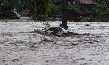 Institutul Naţional de Hidrologie: În orele următoare, Cod galben de inundaţii în 9 judeţe,