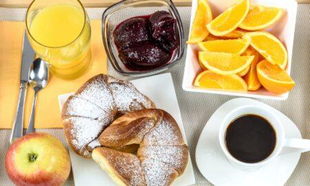 Alimente pe care nu trebuie să le consumi niciodată dimineața. Sunt dușmanii unei bune alimentații!