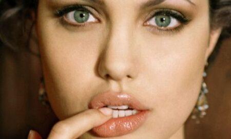 Ei formează cel mai nou CUPLU de la Hollywood?! Nu te așteptai să o vezi pe Angelina Jolie cu EL