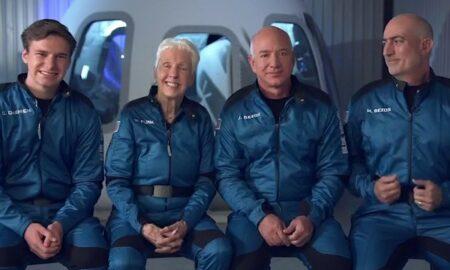 Video. Jeff Bezos, gata pentru primul zbor în spațiu. Care este componența echipajului lui New Shepard