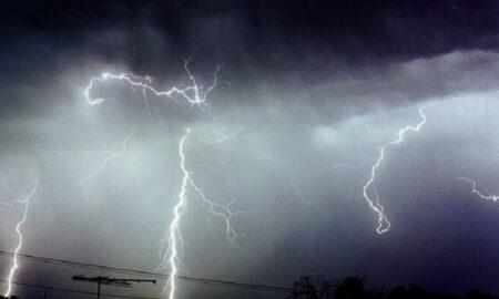 Atenţionare meteo de călătorie Spania. Coduri de caniculă, furtuni şi ploi torenţiale