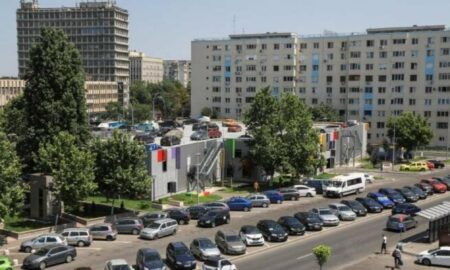 Lovitură pentru sute de mii de români. Vor plăti mai MULT! Taxa se aplică de astăzi, 23 August
