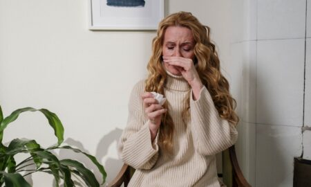 Alergia la ambrozie. Medicul Tudor Ciuhodaru: 10 lucruri care vă pot salva viața