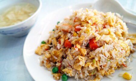 O nouă modalitate de preparare a orezului. Reduce caloriile cu 50%!