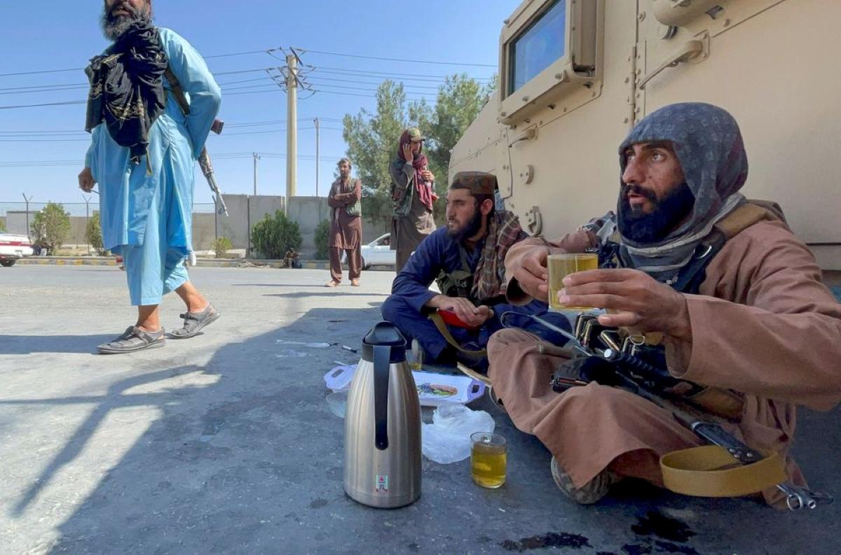 Reuters: Atacurile de la Kabul transmit Occidentului că talibanii sunt opţiunea cea mai puţin rea