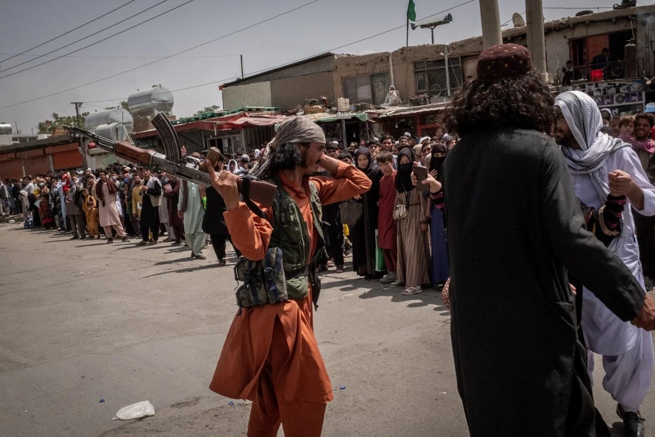 Afganistan. În pofida promisiunii de amnistie generală, talibanii îi vânează pe cei care au colaborat cu occidentalii