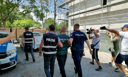 A fost identificat tânărul care arunca obiecte de la balcon, în Mamaia