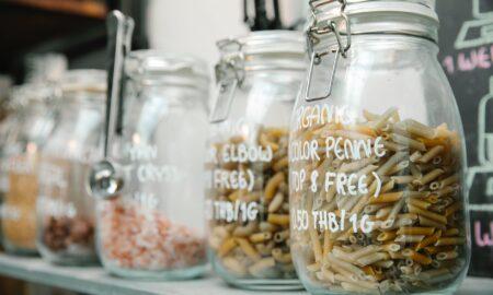 Paste sau orez? Proprietățile celor două alimente, care le fac mai mult sau mai puțin sănătoase