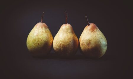 6 fructe care au efect laxativ. Tratează constipația natural