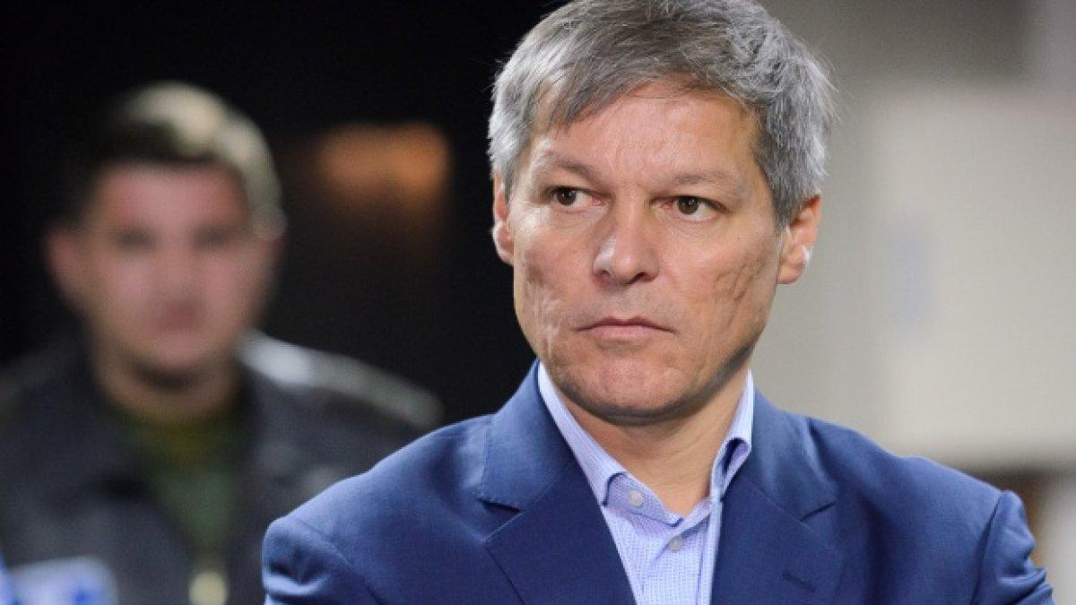 Cioloș îl pune la punct pe Iohannis privind ieșirea de la guvernare