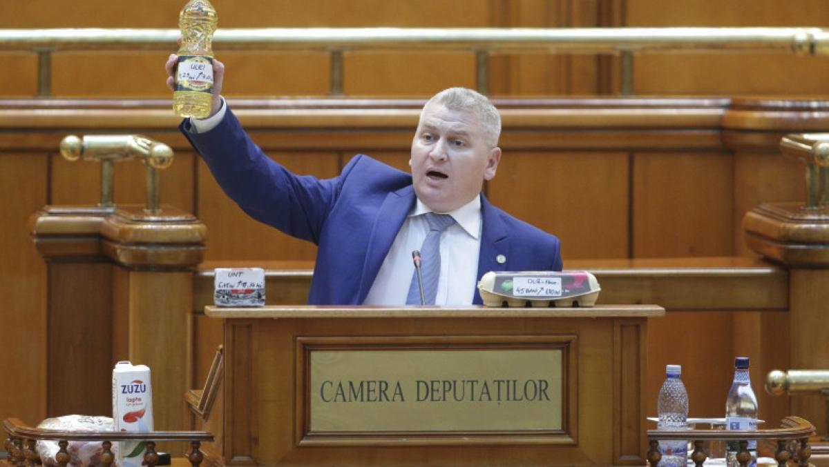 Orban a spus lucrurilor pe nume iar grupul lui Cîțu iese la atac. Florin Roman îl acuză, isteric, pe cel care i-a demascat