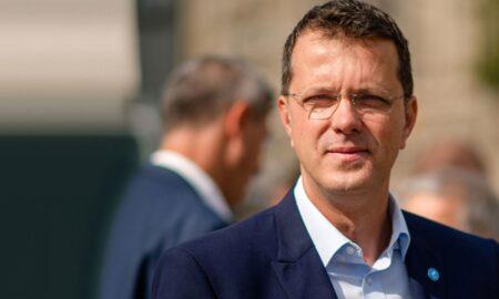 """Ionuţ Moşteanu: """"Mâine Florin Cîţu va pica, este ultima zi a dânsului la Palatul Victoria"""""""