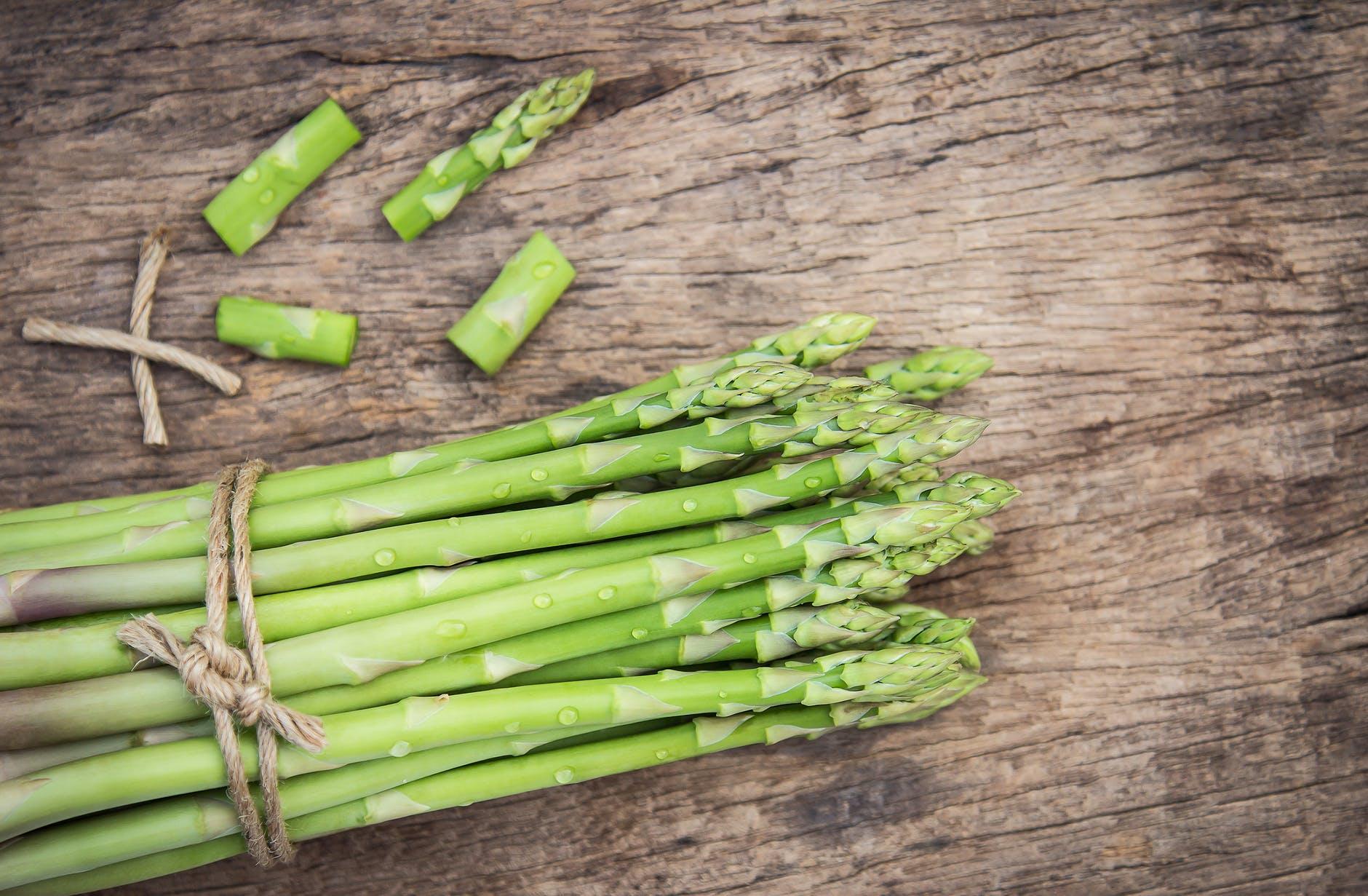 Cum se gătește sparanghelul. 5 modalități rapide și sănătoase