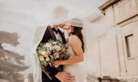 Bat clopote de nuntă! Două ZODII își schimbă destinul în 2022